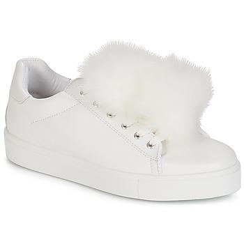 Schuhe Damen Sneaker Low André POMPON Weiss