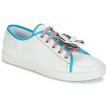 Schuhe Damen Sneaker Low André GUIMAUVE Grün