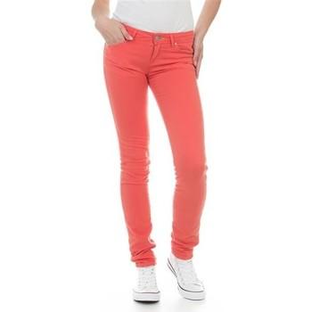 Kleidung Damen Röhrenjeans Wrangler Molly Melon W251U229M czerwony